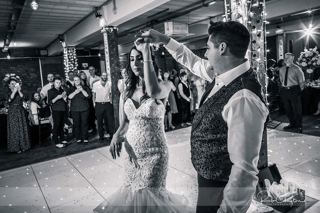 Victoria Warehouse Manchester Wedding Photographer - Michael & Saima Blog 85