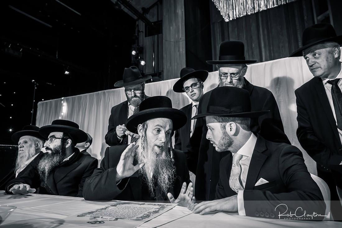 Jewish Manchester Wedding Photographer - Refoel & Faigy Blog 20