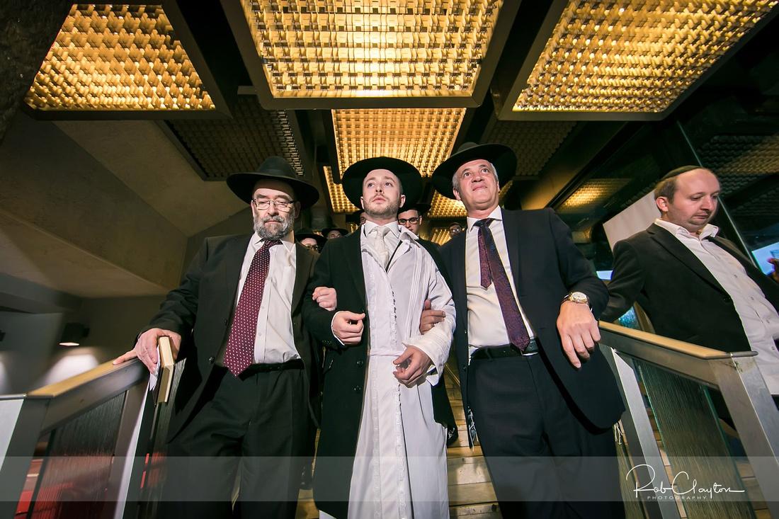 Jewish Manchester Wedding Photographer - Refoel & Faigy Blog 21