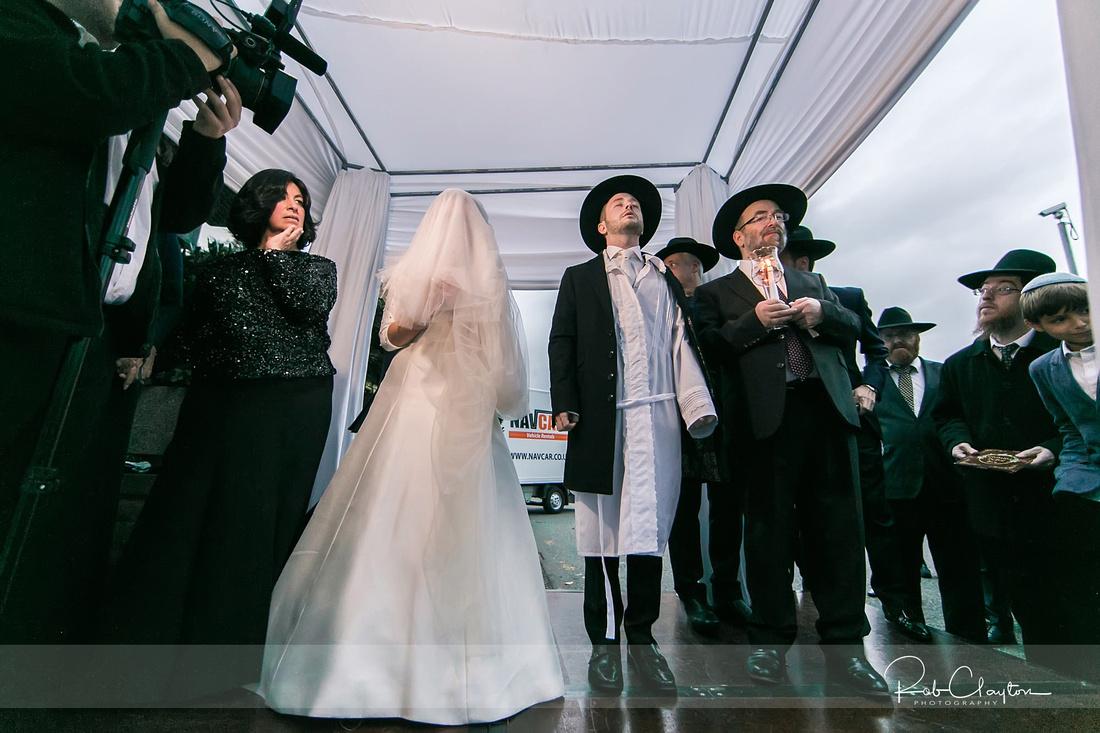 Jewish Manchester Wedding Photographer - Refoel & Faigy Blog 25