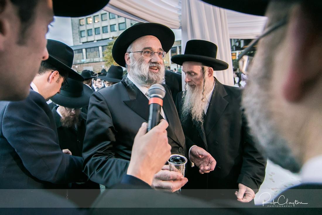 Jewish Manchester Wedding Photographer - Refoel & Faigy Blog 26