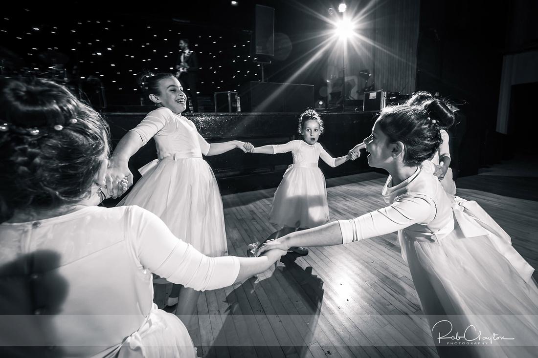 Jewish Manchester Wedding Photographer - Refoel & Faigy Blog 31