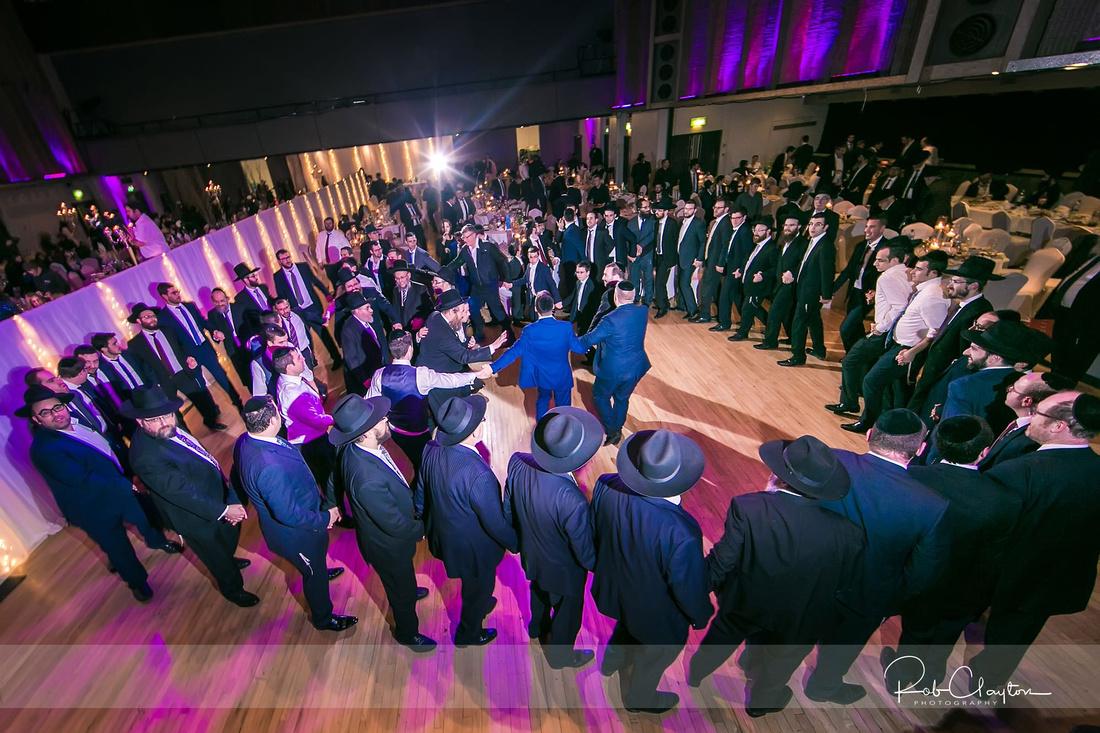 Jewish Manchester Wedding Photographer - Refoel & Faigy Blog 51