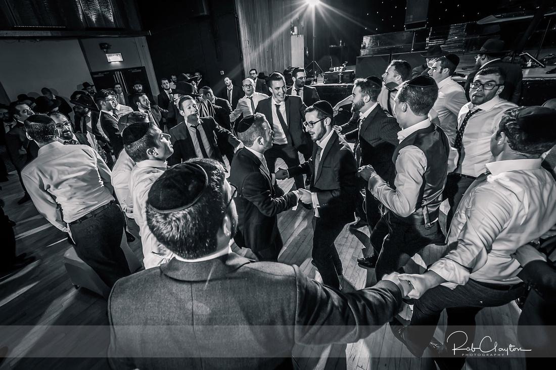 Jewish Manchester Wedding Photographer - Refoel & Faigy Blog 57