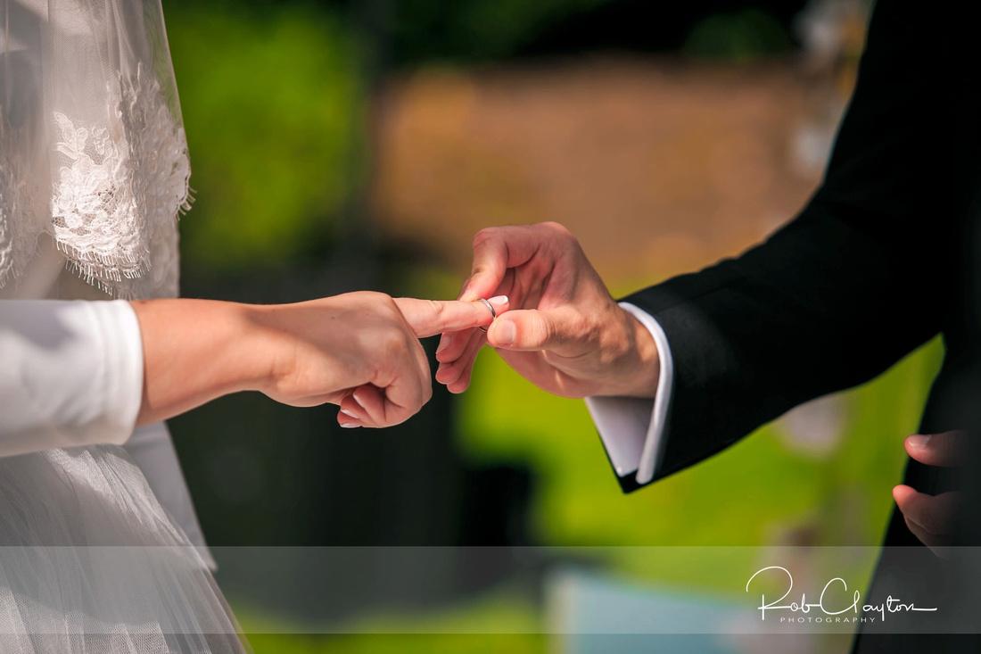 Manchester Jewish Wedding Photographer - Laura & Avi - Blog 34