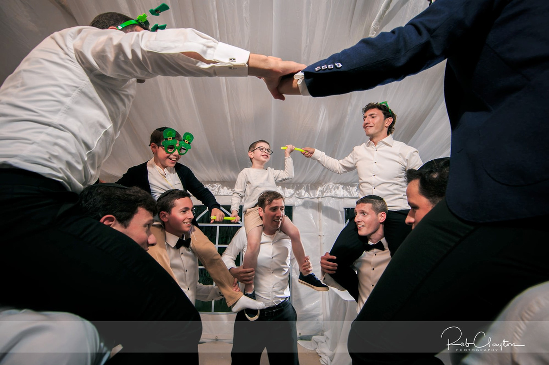 Manchester Jewish Wedding Photographer - Laura & Avi - Blog 66